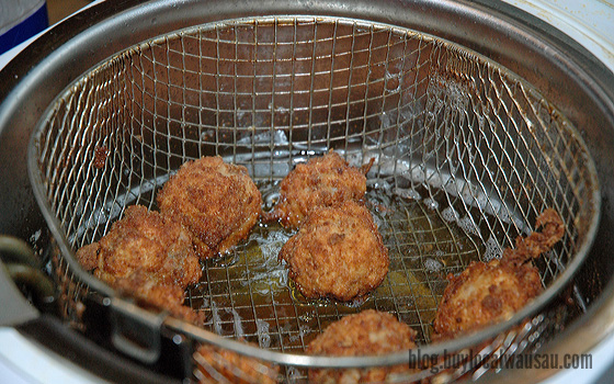 Sauerkraut balls in the fryer