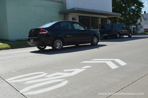 Sharrow-Stencil-Wausau-3rd-Ave